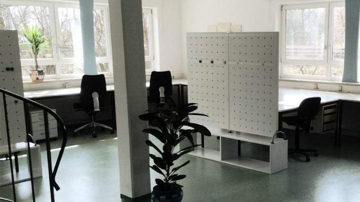 Schreibtisch Elektrisch Fur 2 Personen Nebeneinander: Schreibtisch Mieten